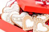 Isolated gingerbread valentine cookie heart — 图库照片