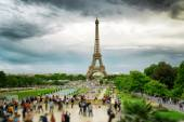 The view of the Eiffel Tower, Paris, France. — Stock Photo