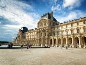 The view of the Passage Richelieu in Louvre, Paris, France. — Stock Photo