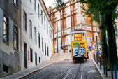 The Gloria Funicular in Lisbon, Portugal. — Stock Photo