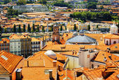 Colorful facades and roofs of houses in Porto, Portugal. — Stock Photo