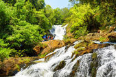 Tourists on the Datanla waterfall in Da Lat city (Dalat), Vietna — Stock Photo