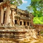 Ruins of Ta Kou Entrance in Angkor Wat. Siem Reap, Cambodia — Stock Photo #78097218
