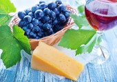 Cheese and grape — Fotografia Stock
