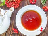 Fresh tea in cup — Stock Photo