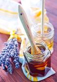 Miel y flores — Foto de Stock
