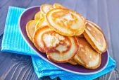 Pannkakor på plattan — Stockfoto