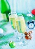 Two shampagne glasses — Stock Photo