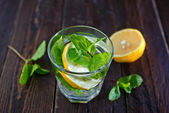 Lemon drink with sugar and mint — Stock Photo