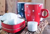 Cocoa drink and marshmallows — Stock Photo