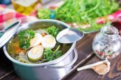 Fresh soup with boiled eggs — Stok fotoğraf