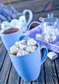 Cocoa drink with marshmallows — Stock Photo