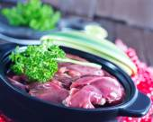 Raw liver in bowl — Stock Photo