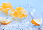 Marmalade in bowl on table — Stock Photo