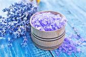 Sea salt and lavender — Stock Photo