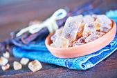 Reed sugar and vanilla — Stock Photo