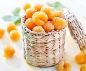 Fresh raspberry in basket — Stock Photo