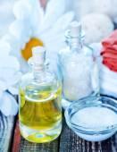 Sea salt and oil in bottles — Foto de Stock