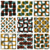 Set of colored grate seamless patterns with labyrinth and geomet — 图库矢量图片