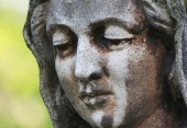 Face of Virgin Mary (fragment of statue) — Stock Photo