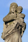 Statue Of Virgin Mary and Jesus Christ — Stock Photo