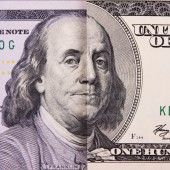 One old and new parts of hundred dollar banknote — Stockfoto