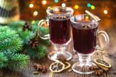 乐舞的圣诞红酒 — 图库照片