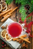 Christmas punch with cinnamon and anise — Stock Photo