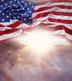 Vlag en hemel — Stockfoto