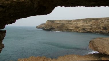 Black Sea Coast Of Magnificent Cape Tarkhankut in Crimea — Stock Video