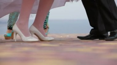 Groom And Bride Dancing At The Nature — Stock Video