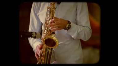 Saxophone Player In Action. Retro — Stock Video