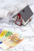 House plan with euro banknotes — Foto de Stock