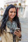 Woman writing sms — Stock Photo