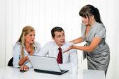 Sukces zespołu na spotkanie w biurze — Zdjęcie stockowe