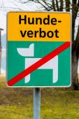 Dogs are not permitted on a lake — Stock Photo