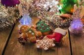 Christmas gingerbread cookies on Christmas table — Foto de Stock