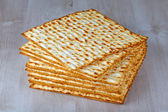 Matzah on wooden table — 图库照片