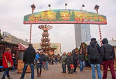 BERLIN, GERMANY - DECEMBER 7, 2014: Alexanderplatz is visited daily by over 300 000 people. on 7 December 2014 in Berlin, Germany. Alexanderplatz is the central hub in the eastern part of Berlin. — Stok fotoğraf