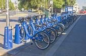 MELBOURNE, AUSTRALIA - JANUARY 12, 2015: City bikes for rent on  — Stock Photo