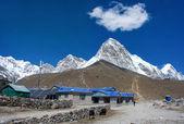 öldüremediğimiz shep köyü ve kala patthar, nepal — Stok fotoğraf