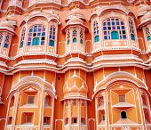 Hawa Mahal palace in Jaipur — Stock Photo