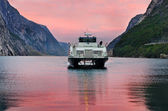 Ferry arriving in Lysebotn, Norway  — Stock Photo