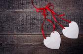 Открытка с белым сердца — Стоковое фото