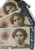 Norwegian crones banknotes and coins — Stock Photo