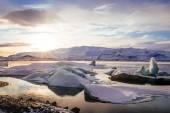 Iceland, sunset over Jokulsarlon Glacier Lagoon — Stock Photo