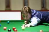 Bangkok, Thailand - SEP 2:Ken Doherty of Ireland participates in a Sangsom Six-red World Championship 2014 at Montien Riverside Hotel on September 2, 2014 in Bangkok, Thailand. — ストック写真