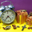 Постер, плакат: Still life with broken alarm clock metal cross with metal neckl