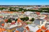Skyline view of Riga old town and city — Stock Photo