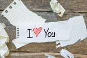 Text I love you on short note — Foto de Stock